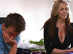 Young Kirsten Stretch Phat ASS mother bmal couple