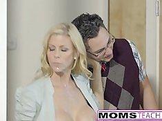 Horny Stepmom Alexis Fawx and Son