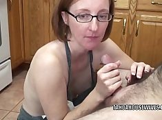 Mature slut sizzling cunt creamed